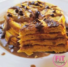 Chocolate Chip Pumpkin Protein Pancakes w/ Oats, vanilla protein powder, egg whites, pumpkin + choco chips
