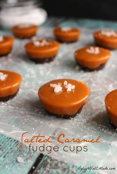 Caramel and chocolate come together to make one incredibly delicious treat! With just four ingredients, these Salted Caramel Fudge cups are soft, gooey, sweet and really easy to make! Salted Caramel Fudge, Caramel Recipes, Fudge Recipes, Candy Recipes, Sweet Recipes, Dessert Recipes, Carmel Fudge, Christmas Desserts, Christmas Treats