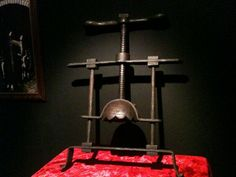 17 Real Horrifying Real Medieval Torture Devices Were Unbelievable! Spanish Inquisition, The Inquisition, Queen Isabella Of Spain, Famous Graves, Medieval Weapons, Cube, Ghosts, Creepy, Scary Stuff