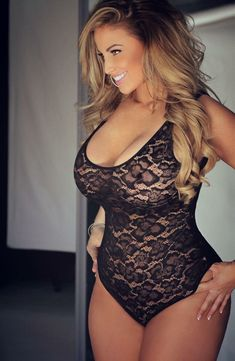 Plus size models (Ashley Alexiss) Sexy Lingerie, Belle Lingerie, Beautiful Curves, Sexy Curves, Stunningly Beautiful, Nice Curves, Sexy Hips, Beautiful Smile, Sexy Women