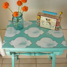 DIY Stenciled Side Table!