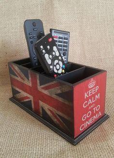 Porta controle com três divisões tema de Londres e Keep Calm.