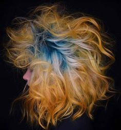 Yellow and blue hair Yellow Hair, Blue Hair, Hair Shows, My Hair, Hair Color, Dreadlocks, Toulouse, Hair Styles, Inspiration