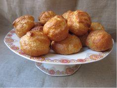 La pâte à choux trouve de nombreux emplois: chouquettes , éclairs, pets de nonnes , Saint-honoré , Paris-brest ,  profiteroles, religie...