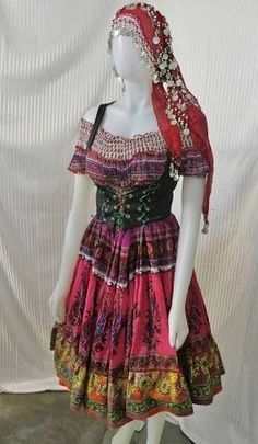 Renaissance Gypsy Fortune Teller Costume from Fashion Rules on Etsy