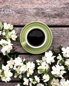 Rain, coffee and flowers. .