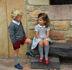 ¡Cómo nos gusta esta mirada! #frikishowroom #frikiniños #handmade #madeinspain #since1954 #todoartesanal #niñosdesiempre #niñossiemprebienvestidos #startriteshoes #zapatosstartrite  #newstore #nuñezdebalboa13