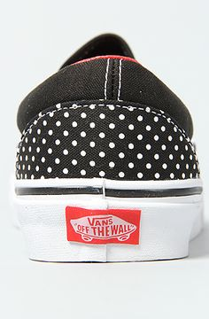 Welcome to our website! Here you will find a proper selection ofHello Kitty Vans at discount prices. We are just sorting out our affiliation with shop.vans.com and will be up shortly.