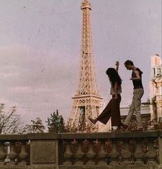 Travel Aesthetic, Aesthetic Photo, Aesthetic Pictures, Aesthetic Grunge, Aesthetic Collage, Summer Aesthetic, The Love Club, Couple Aesthetic, Jolie Photo