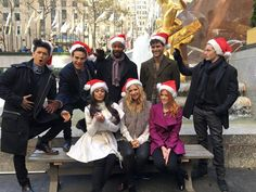 #Shadowhunters Harry:Ho ho ho Alberto:give meh smthing Isaiah:surprise Matt:Giggling'dat smile tho' Dom:wats dis dangly thing Em:imma shoot you Kat:normal