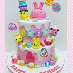 #numnoms #numnomscake #fondantcake #cakedecorating #sweet #cute #icecream #lolipops #cupcakes#sarahomemade #ipohcake #ipohfondantcake