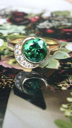 Sholdt Crescent Design with green tourmaline