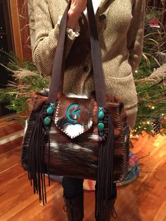A custom Bonnie Bag with turquoise stones and brand in turquoise suede. From gowestdesigns. This one went to Queensland Australia. by Riley Jo Brown Leather Purses, Leather Bag, Leather Handbags, Cowhide Purse, Western Purses, Boho Bags, Leather Projects, Cute Bags, Turquoise Stone