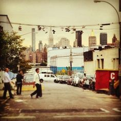 #Brooklyn #newyorksummer #Williamsburg #skateboards #shoesonwire #mattmanson.co.uk