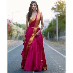 Give It The Lehenga-Saree Look How about revamping your entire sare Half Saree Lehenga, Lehnga Dress, Saree Look, Bridal Lehenga, Saree Wedding, Plain Lehenga, Banarasi Lehenga, Hijab Saree, Red Saree