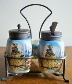Vintage Cruet Set Salt Pepper and Mustard by PrattsPatch on Etsy Vintage Crockery, Pepper Spice, Condiment Sets, Salt And Pepper Set, Kitchen Collection, Salt Pepper Shakers, Sugar And Spice, A Table, Mad