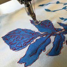 Beaded Embroidery, Hand Embroidery, Diy Fashion Hacks, Flourishes, Felt Art, Pattern Making, Thesis, Clothing Patterns, Fiber Art