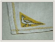 Hey, I found this really awesome Etsy listing at https://www.etsy.com/listing/231337053/vintage-assisi-embroidery-linen-napkins