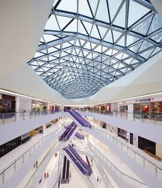 Gallery of Fuzhou Wusibei Thaihot Plaza / Spark Architects - 8