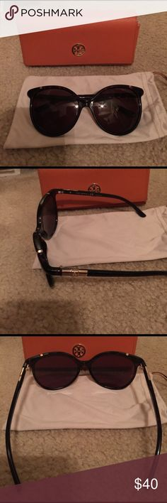 Tory Burch tortoise sunglasses Beautiful oversized Tory Burch sunglasses. Hardly worn in excellent condition ! Comes with cases and soft pouch Tory Burch Accessories Sunglasses