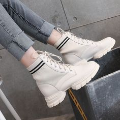 It's important to choose the correct women's sneakers when using them for different activities. Read more to learn how to choose the right women's sneakers. Best Nursing Shoes, Short Socks, Fall Shoes, Women's Shoes, Martin Boots, Red Shorts, Classy Women, Steve Madden Shoes, Converse