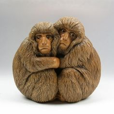Snow Monkeys another non Japanese netsuke. Haand carved box  & stained boxwood and buffalo horn by susan Wraight