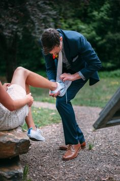 A modern Cinderella swapping her heels for Converse for a relaxed picnic wedding