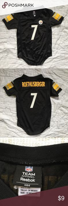 Steelers Ben roethlisberger jersey football onesie Pittsburgh Steelers Ben roethlisberger #7 jersey Reebok NFL football onesie in EUC. Black, gold and white. Smoke free home. Size 18 months Reebok One Pieces Bodysuits