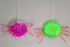 Paper Plate Spider Craft - Preschool Craft - Halloween Craft