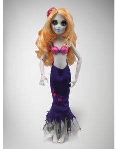 Once Upon a Zombie Doll - Little Mermaid