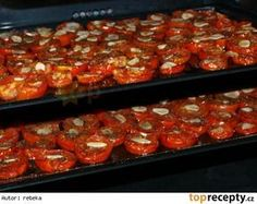 Pečená rajčata ve vlastní šťávě Home Canning, Vegetable Salad, Bruschetta, Food Inspiration, Salsa, Pesto, Food And Drink, Treats, Homemade