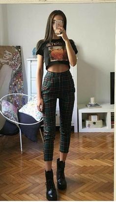 29 Plaid Pants Outfit for Your Casual Stroll Down Uncategorized casual OUTFIT pants plaid plaid pants outfit stroll Grunge Outfits, Tumblr Outfits, Hipster Outfits, Edgy Outfits, Mode Outfits, Retro Outfits, Fall Outfits, Vintage Outfits, Fashion Outfits