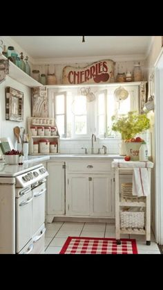 Small cute Kitchen from Shabby Chic