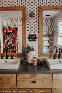 Black and white wallpaper, floral shower curtain, shiplap Style At Home, Cortina Floral, Home Interior, Interior Design, Floral Shower Curtains, Sweet Home, Diy Décoration, Easy Diy, The Design Files