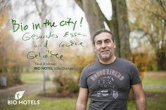 Yücel Korkmaz, Gastgeber im #biohotel  Villa Orange *** in #Frankfurt/Main #Deutschland