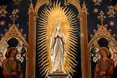 Altar of the Virgin at the church of St Eloi, Bordeaux