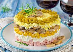Salata in straturi cu sunca Vegetables, Cake, Desserts, Food, Salads, Tailgate Desserts, Deserts, Kuchen, Essen