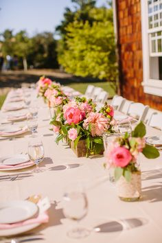 outdoor wedding reception ideas http://www.weddingchicks.com/2013/09/06/spanish-oaks-ranch/