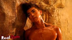 [Real 2PM] Wooyoung Men's Health making film