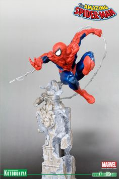 MARVEL COMICS AMAZING SPIDER-MAN: SPIDER-MAN UNLEASHED FINE ART STATUE