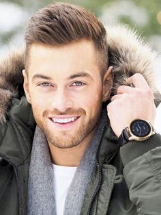 55 New Hairstyles for Men in 2018 #Style http://seasonoutfit.com/2018/01/01/55-new-hairstyles-for-men-in-2018/