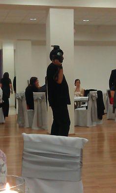 Zsok Gyuri fényképezőgéppel álcázza magát