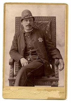 Chicago police officer, 18th District, pre-1908
