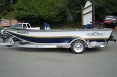 Aquaholic on pinterest chris craft boas and pontoon boats for Fish rite boats