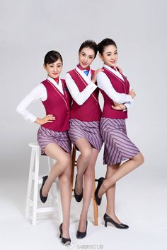 Hot Flight Attendants Beautiful Girl Image, Gorgeous Women, Korean Girl, Asian Girl, Flight Pilot, Airline Uniforms, Cabin Crew, Flight Attendant, In Pantyhose