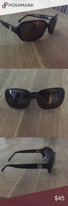 Valentino Sunglasses Classic black Valentino Sunnies Valentino Accessories Sunglasses
