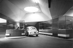 When the car was king: underground car park & drive-through banking in Vienna, 1960 Vintage Posters, Vintage Art, Space Architecture, Vw Volkswagen, Vw Beetles, Vintage Pictures, Car Parking, Black And White Photography, Austria