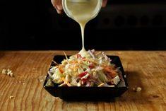 Salată cu piept de pui și legume Food And Drink, Lunch, Cooking, Avocado, Diet, Fine Dining, Romanian Recipes, Kitchen, Lawyer