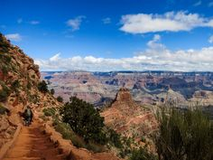 Hikers on South Kaibab Trail in the Grand Canyon © Clifton Wilkinson / Lonely Planet