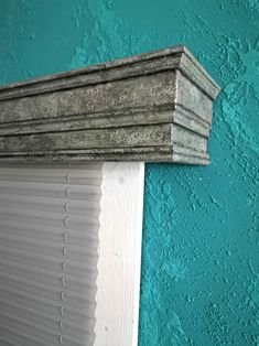 Window cornice/Window Cornice Box/Cornice Window T Valances & Cornices, Cornice Box, Wood Cornice, Window Cornices, Home Accents, Window Treatments, Farmhouse Decor, Room Decor, Windows